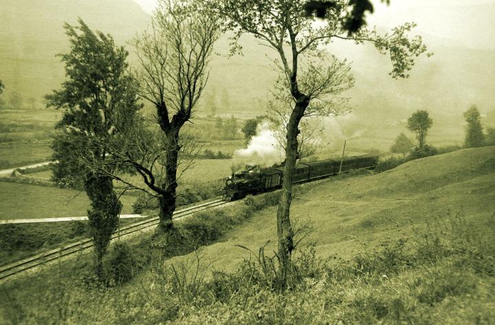 tren de ontaneda en el valle de toranzo 1953 2262